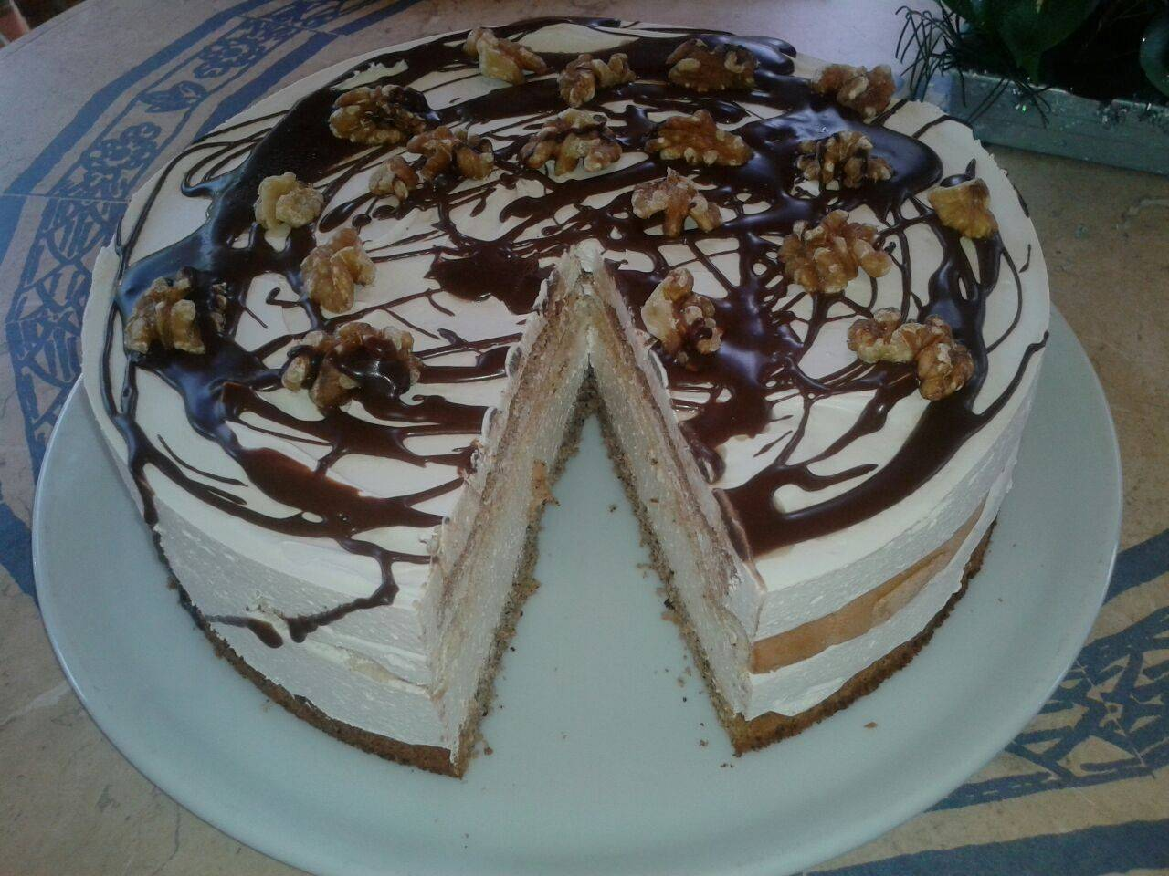 Walnuss-Café-Torte